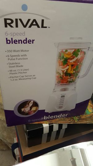 Btand new blender in box. Never used. Asking 20 for Sale in Laveen Village, AZ
