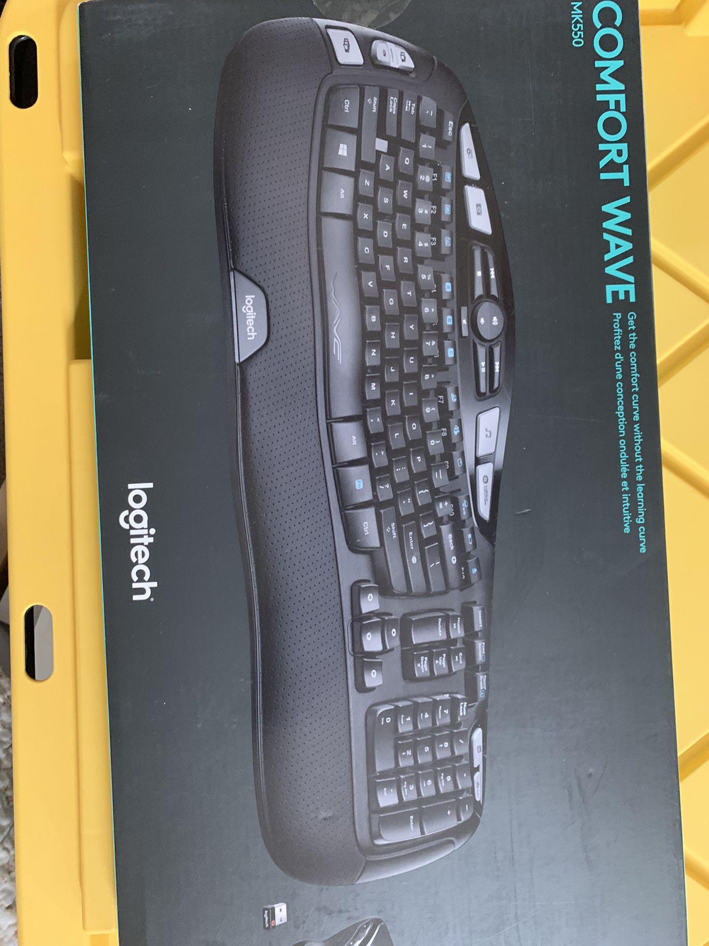 Logitech MK550 Wireless Wave Keyboard