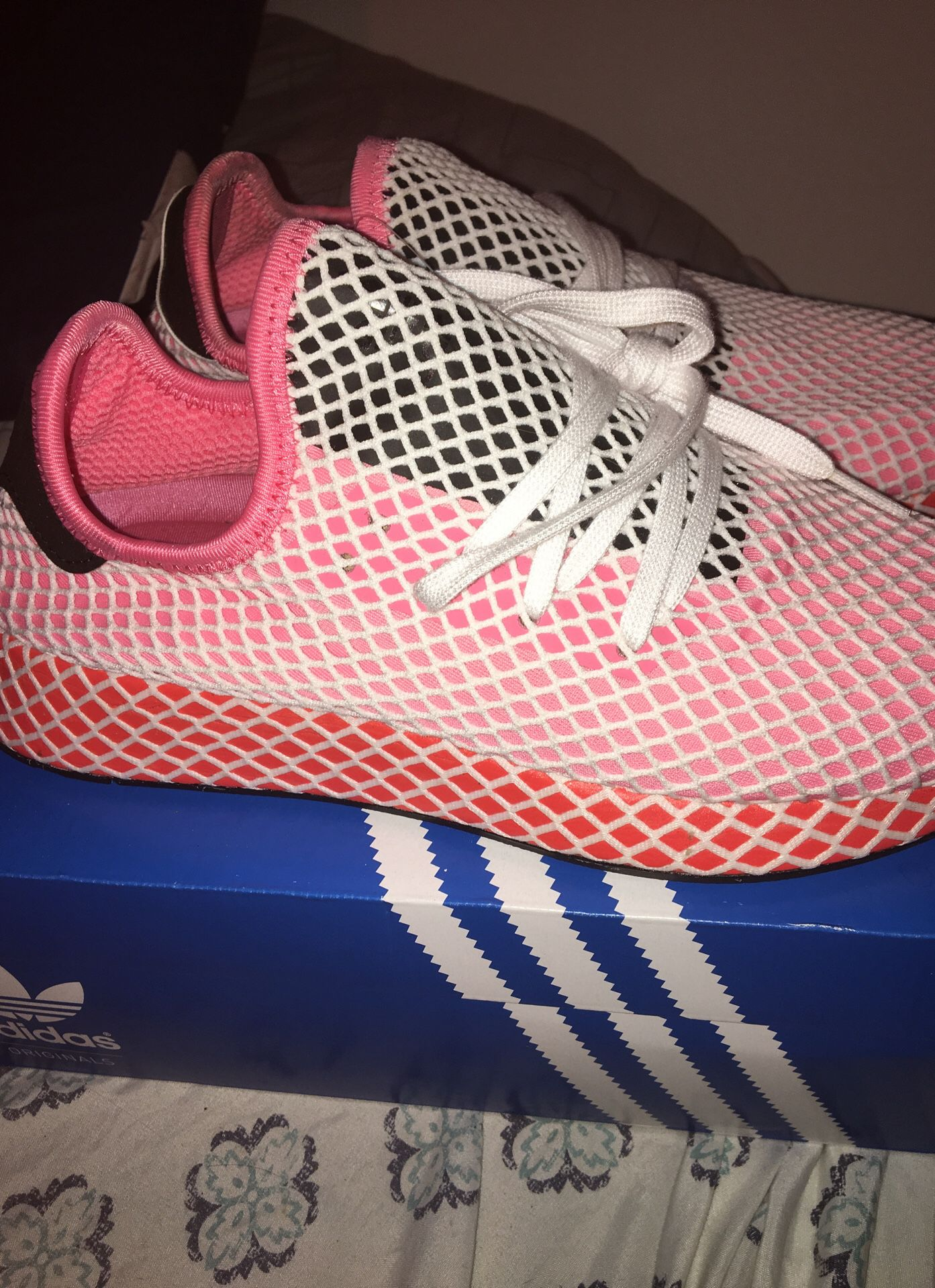 Adidas size 8 1/2 women