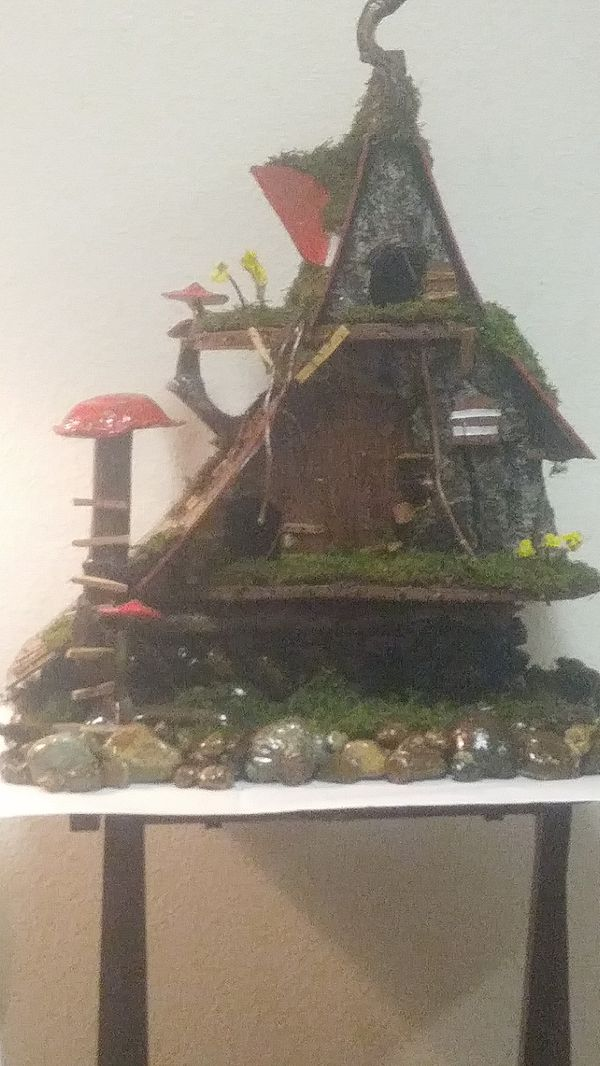 Graham Wa Weather >> 2 2 Foot Bird House Lights Up Weather Proofed For Sale In Graham Wa Offerup