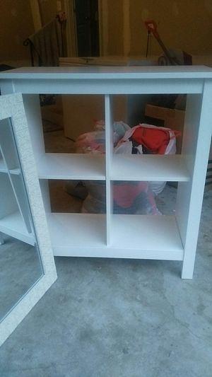 Beautiful white shelf w mirror. for Sale in Aspen Hill, MD