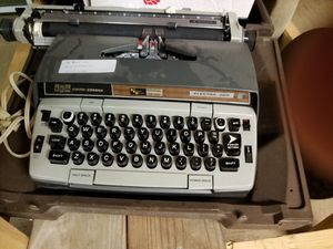 Electric type writer for Sale in Spout Spring, VA