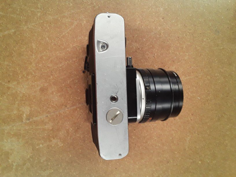 Vintage Minolta XE-5 Camera For Parts
