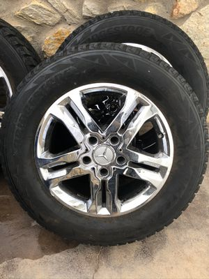 Photo Mercedes g550 stock rims and tires! 265/60 r18