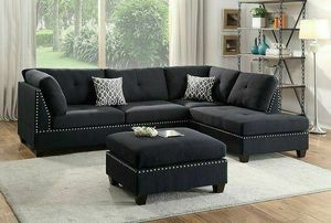 Black Couch Sofa Sectional With Ottoman for Sale in Los Angeles, CA