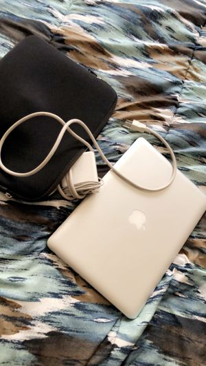 MacBook Pro 2011 for Sale in Rockville, MD