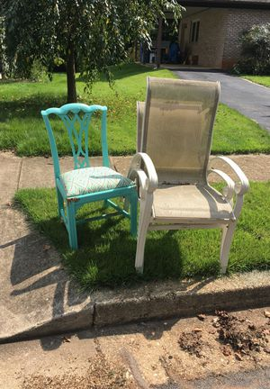 Free chairs for Sale in Annandale, VA