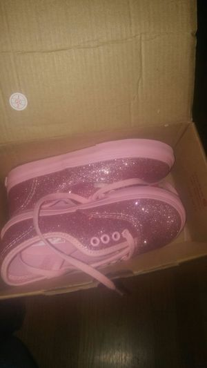 Teen girl shoes pink toddler for Sale in Hyattsville, MD