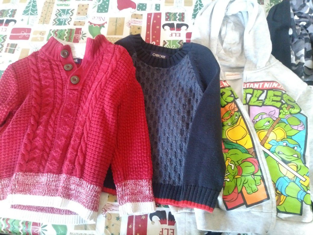 Boys swaters size 3t