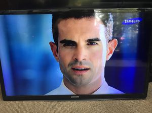 """Full HD LED TV 28"""" 2015 Samsung HG28NC670 for Sale in Kent, WA"""