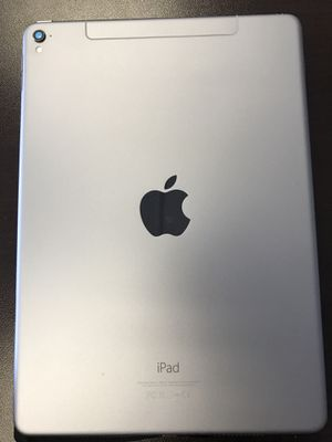 Apple iPad Pro 9.7 256GB for Sale in Los Angeles, CA