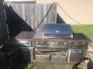 Free grill! for Sale in Deltona, FL