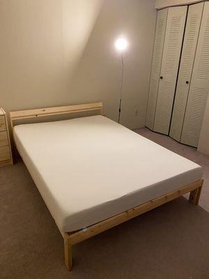 Photo IKEA Queen Bed Frame + Mattress