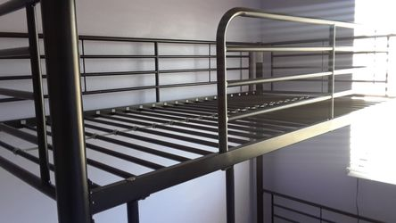 Twin Bunk Bed Thumbnail