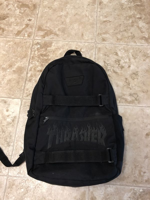 Thrasher vans black backpack for Sale in Yakima