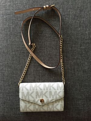 MK Michael Kors Crossbody Purse for Sale in Arlington, VA