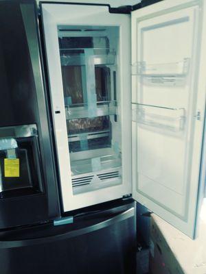 Kenmore platinum News refrigerator for Sale in Orlando, FL