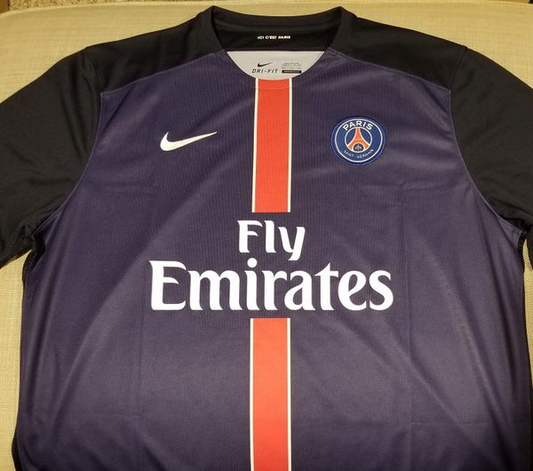 quality design d4387 a2143 Nike Fly Emirates Paris St Germain Soccer Jersey XXL for Sale in Seattle,  WA - OfferUp