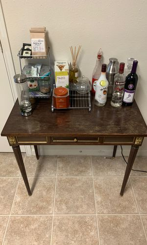 Outstanding New And Used Antique Desk For Sale In Fayetteville Nc Offerup Interior Design Ideas Grebswwsoteloinfo
