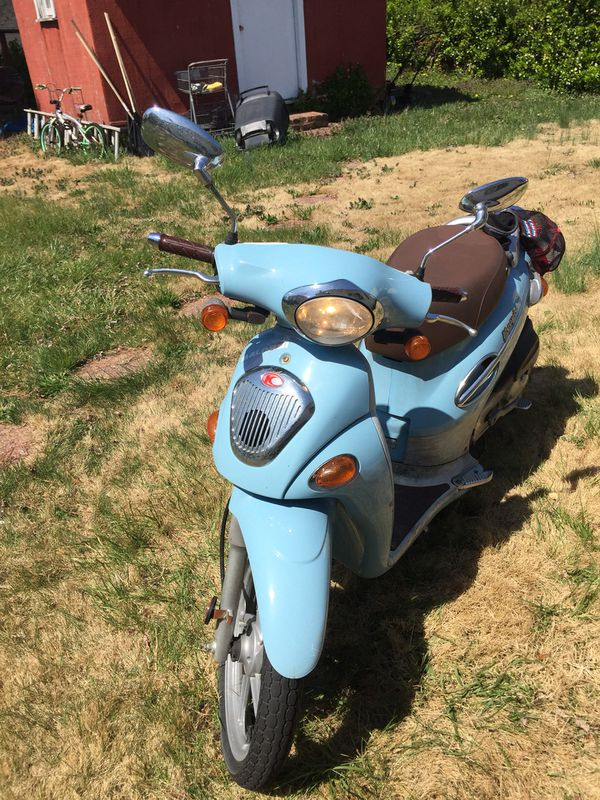 80cc Kymco  New cylinder head and pistons (Malossi) for Sale in Alexandria,  VA - OfferUp