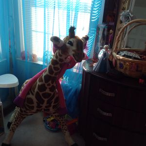 Melissa and Doug large giraffe for Sale in Bowie, MD