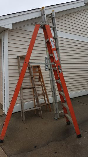 5 ladders for Sale in Urbandale, IA