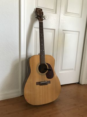 yamaha acoustic guitar 6 string for Sale in Kissimmee, FL