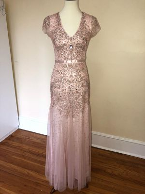 Adrianna Papell Cap Sleeve Embellished Gown for Sale in Detroit, MI