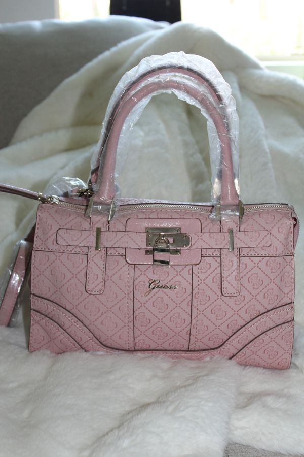 Brand New GUESS Handbag with Tag for Sale in Irvine 0c70bba94394a