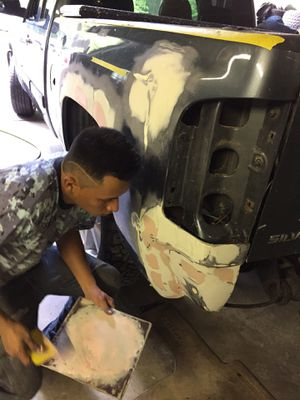 Auto body full car paint jobs for Sale in Oxon Hill, MD