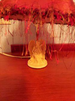 Small Angel Lamp Thumbnail