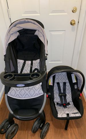 Graco Infant Car-Seat & Stroller With Base for Sale in Germantown, MD