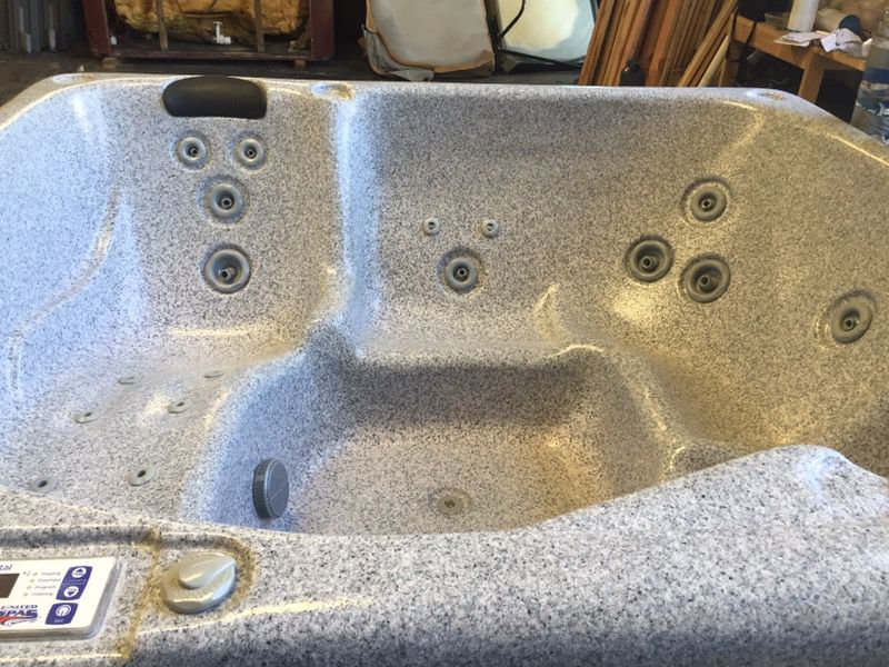 New hot tub spa 77x88 warranty, can deliver