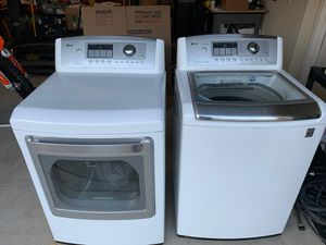Photo LG electric washer and dryer