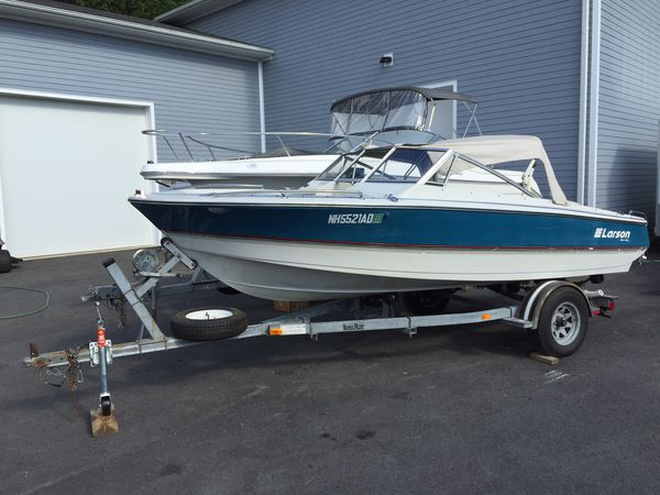 1988 larson 17� bowrider boat with trailer will trade