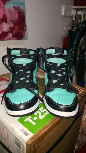 73c3bcc8659 NIKE SB DUNK HIGH DIAMONDSUPPLY CO. for Sale in Las Vegas