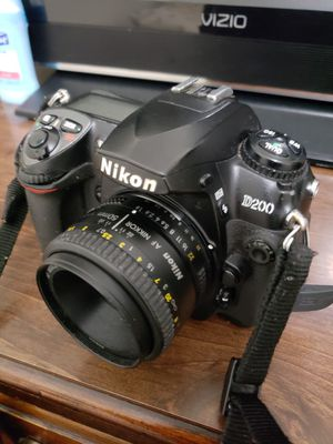 Nikon & canon for Sale in Silver Spring, MD