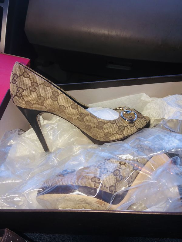 0486b2e46bfd3 Gucci Heels for Sale in Norfolk, VA - OfferUp