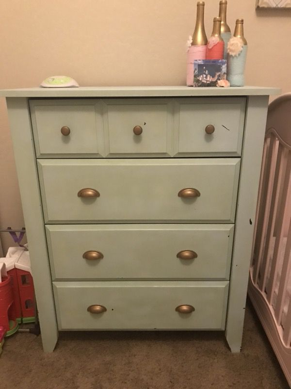 dresser and nightstand (furniture) in chandler, az - offerup Dresser and Nightstand