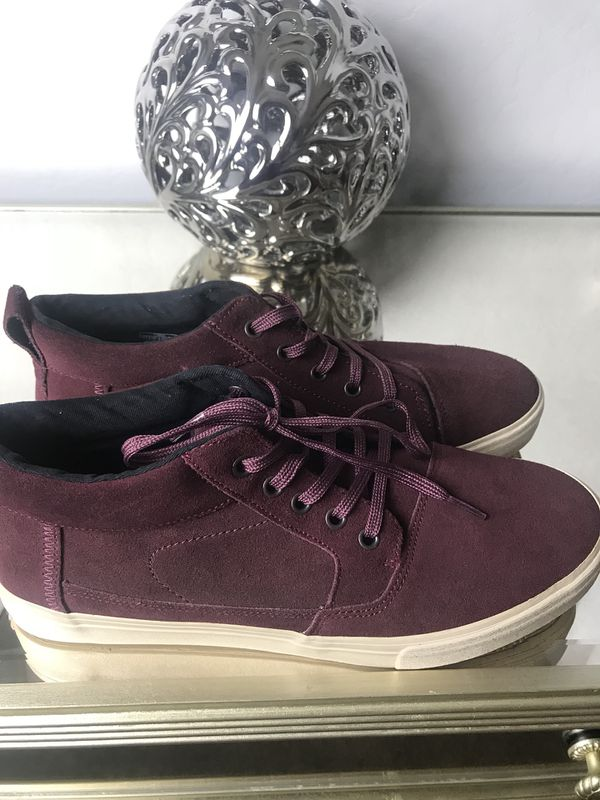 3a6fbf1115f Air Jordan 1 Mid Size 6.5Y (Clothing   Shoes) in Tolleson