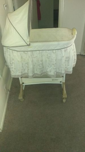 Baby crib bouncer and playmat for Sale in Victorville, CA
