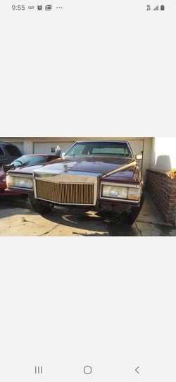 Cadillac Thumbnail