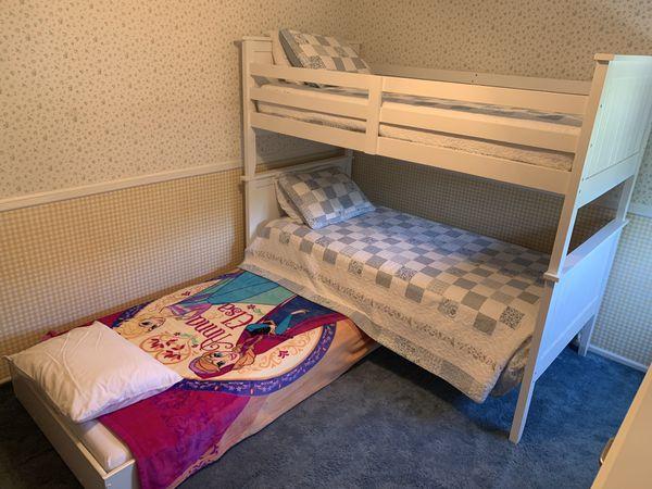 Kids bedroom set - bunk beds, trundle bed, dresser for Sale in NJ, US -  OfferUp