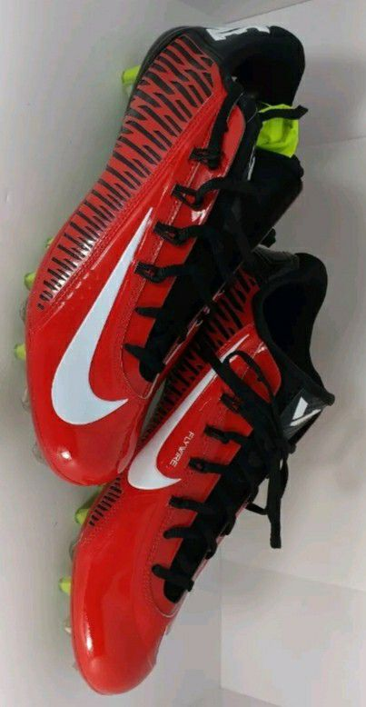 09383c6cc56 Brand New Nike Vapor Carbon 2.0 Red Black White Low Football Cleats ...