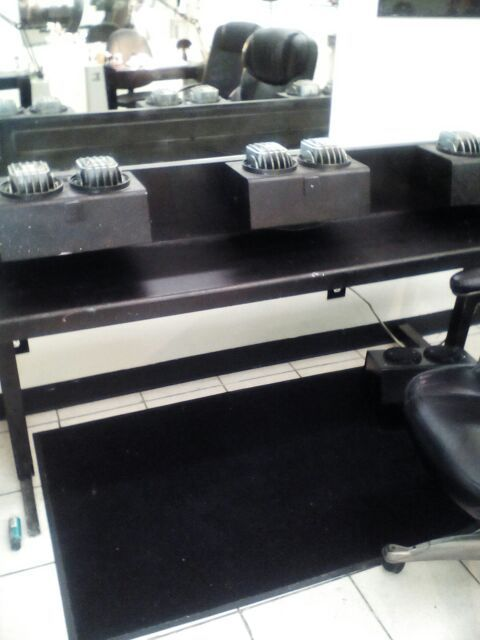 Nail salon tables and hand dryers
