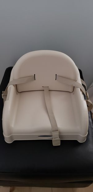 Graco booster seat for Sale in Centreville, VA