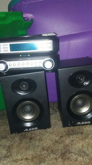 CD player / radio/ alarm for Sale in Hanford, CA