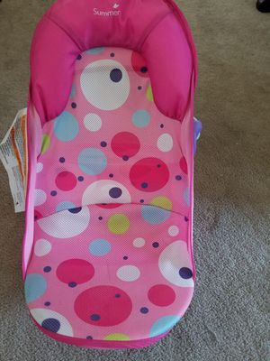 Baby bath seats for tub ( 1 pink 1 blue) for sale  Wichita, KS