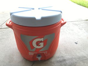 Gatorade 7 gallon cooler for Sale in La Mirada, CA
