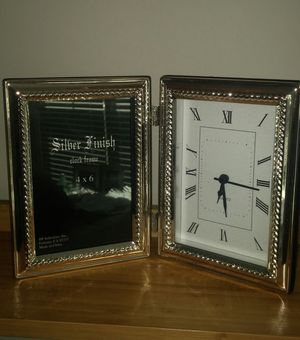Free Standing Silver Finished Photo Frame With Clock for Sale in Gaithersburg, MD